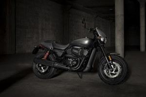 Harley-Davidson-Street-Rod-2.jpg