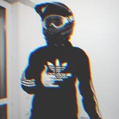 Денис23